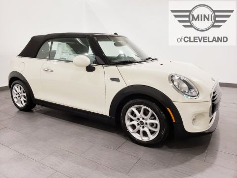 Pre-Owned 2018 MINI Cooper Base